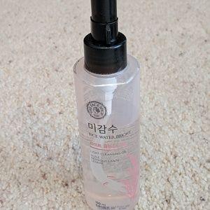Face shop Oil cleanser